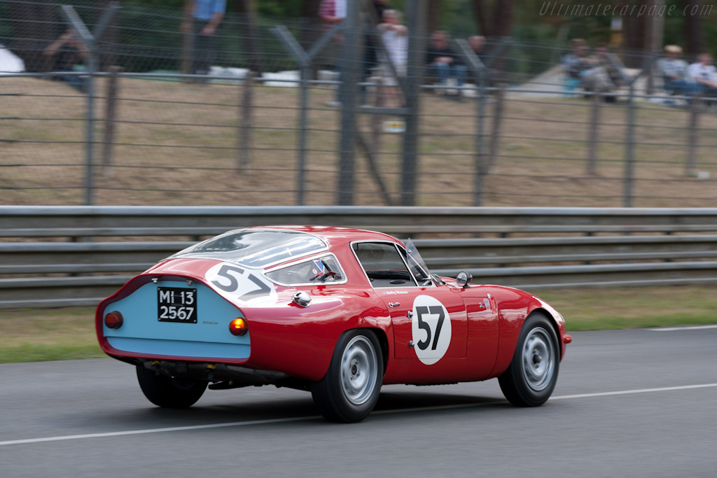 Alfa Romeo TZ - Chassis: AR10511 750011  - 2011 24 Hours of Le Mans