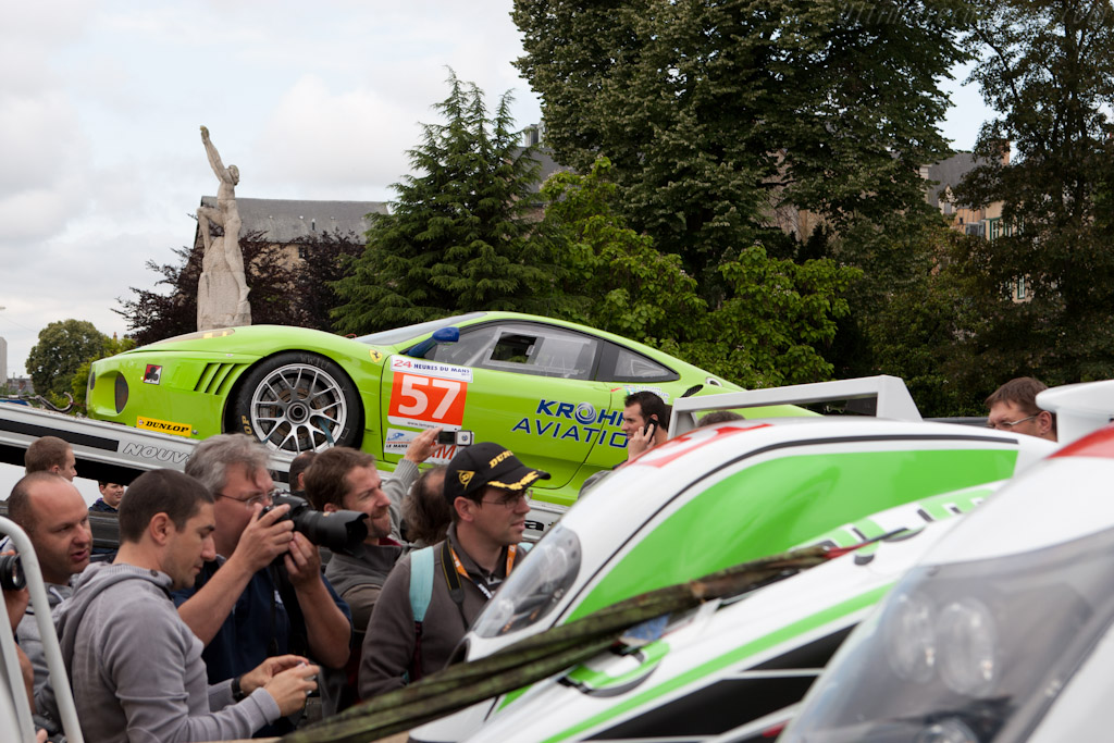 Arriving at Place des Jacobins - Chassis: 2620   - 2011 24 Hours of Le Mans