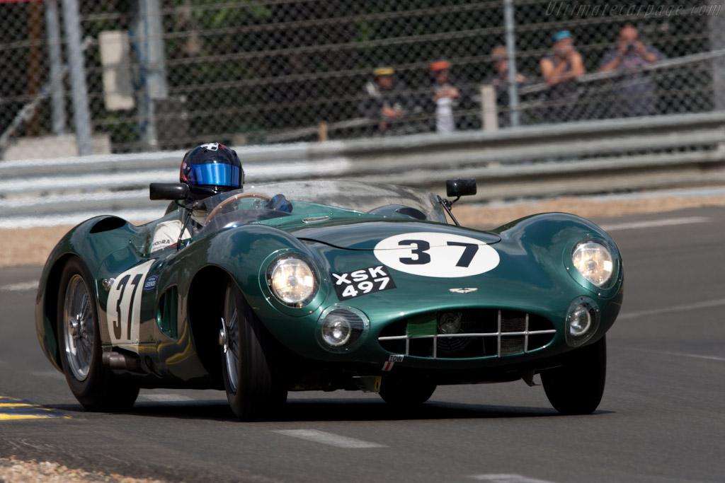 Aston Martin DBR1 - Chassis: DBR1/2 - Entrant: Harry Leventis - Driver: Gregor Fisken  - 2011 24 Hours of Le Mans
