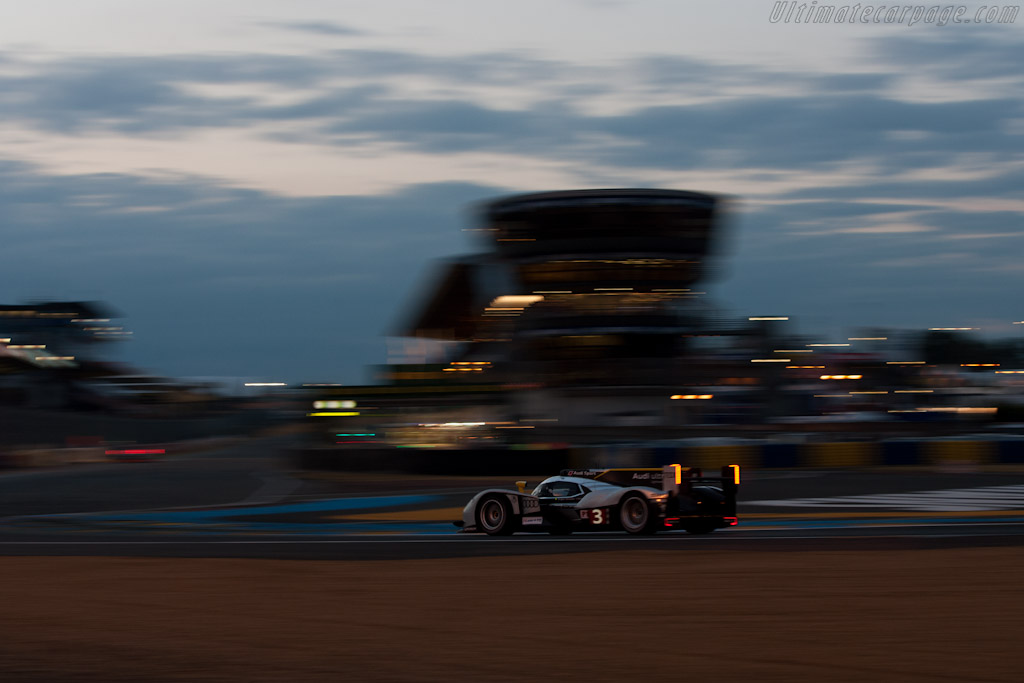 Audi R18 TDI - Chassis: 105   - 2011 24 Hours of Le Mans
