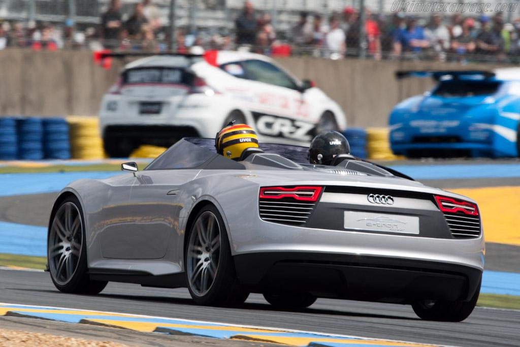 Audi e-tron Sypder   - 2011 24 Hours of Le Mans