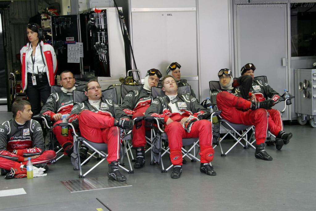 Audi mechanics    - 2011 24 Hours of Le Mans