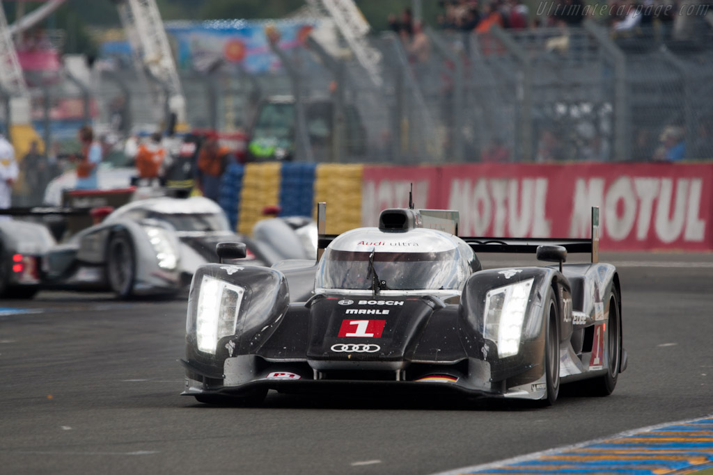 Audis - Chassis: 104   - 2011 24 Hours of Le Mans