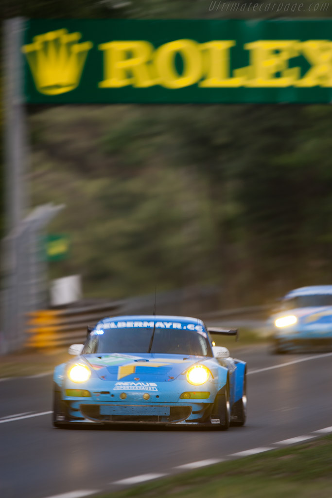 Felbermayr Porsches - Chassis: WP0ZZZ99ZBS799911b   - 2011 24 Hours of Le Mans