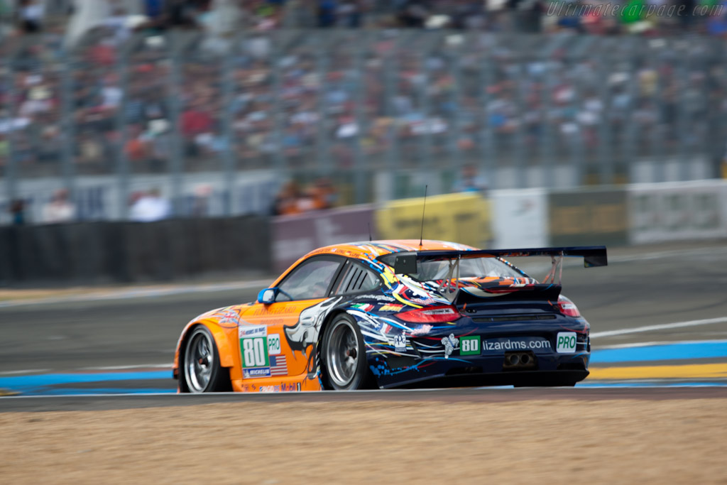 Flying Lizard Porsche - Chassis: WP0ZZZ99Z8S799913b   - 2011 24 Hours of Le Mans
