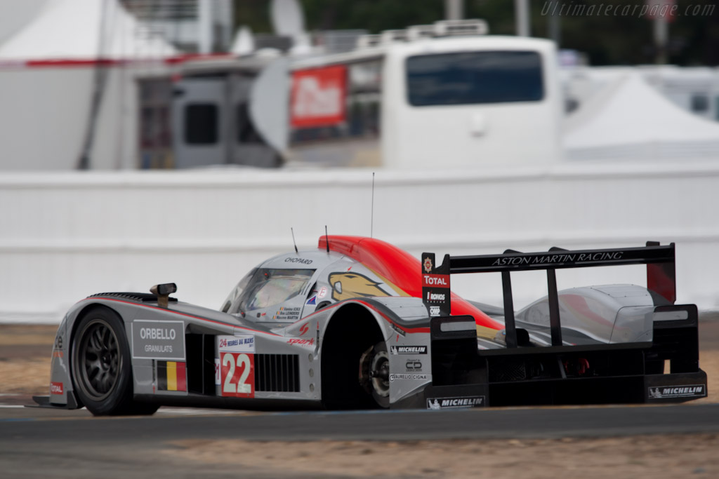 Lost a wheel - Chassis: B1060-HU01S   - 2011 24 Hours of Le Mans