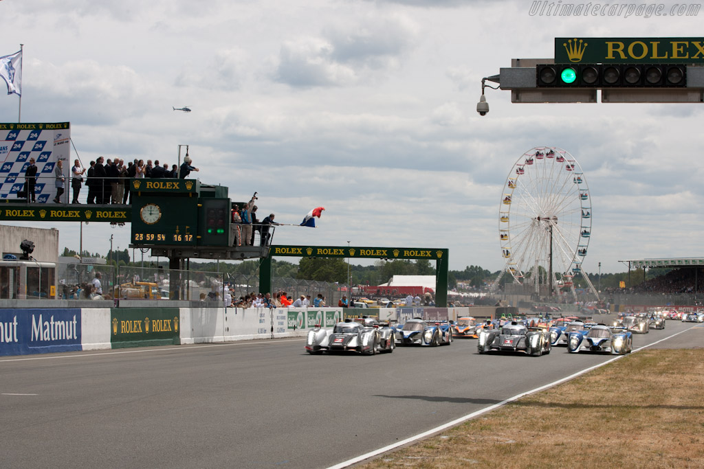 Off they go - Chassis: 106   - 2011 24 Hours of Le Mans