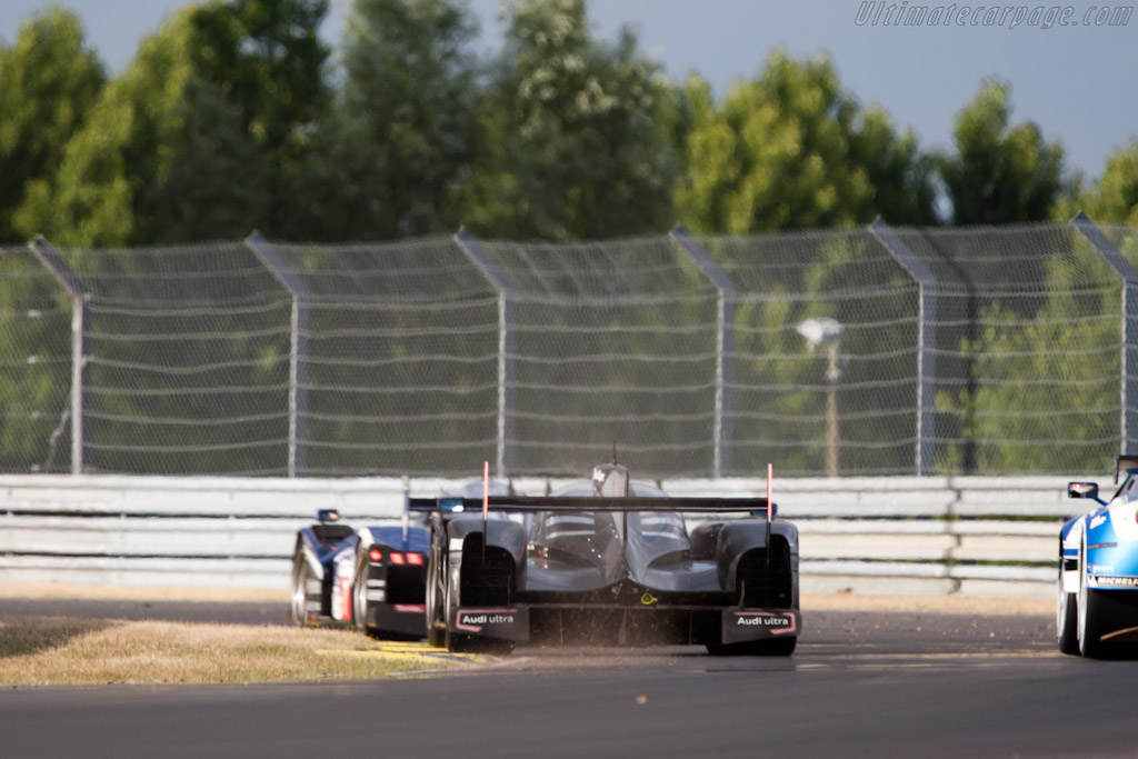 On the edge - Chassis: 104  - 2011 24 Hours of Le Mans