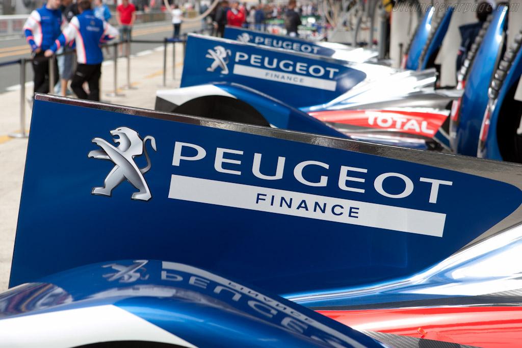 Peugeot fins    - 2011 24 Hours of Le Mans