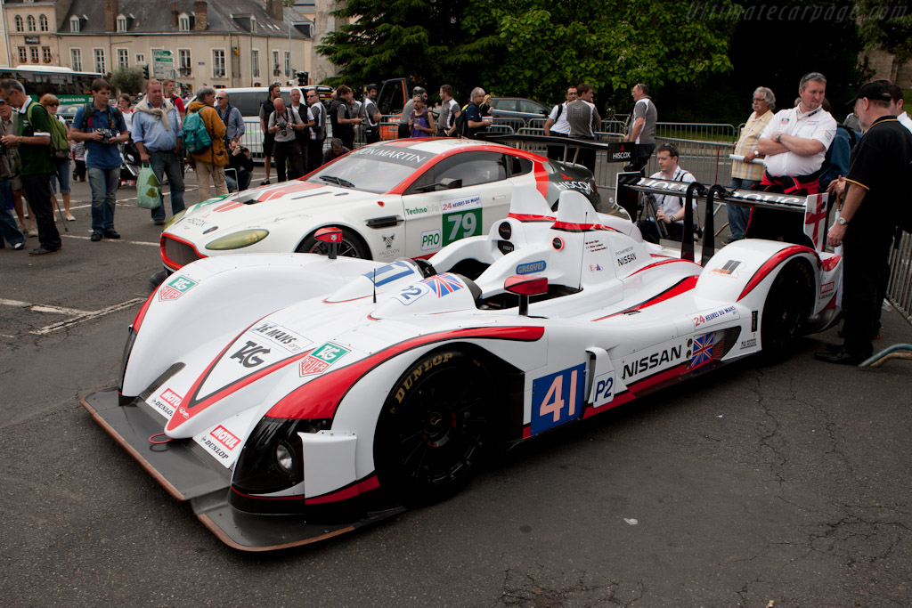 Red and white - Chassis: Z11SN-03  - 2011 24 Hours of Le Mans