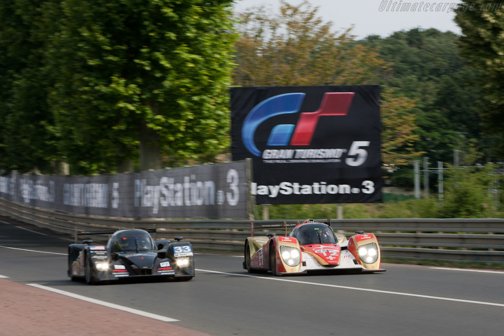 Side by side - Chassis: B1060-HU01   - 2011 24 Hours of Le Mans