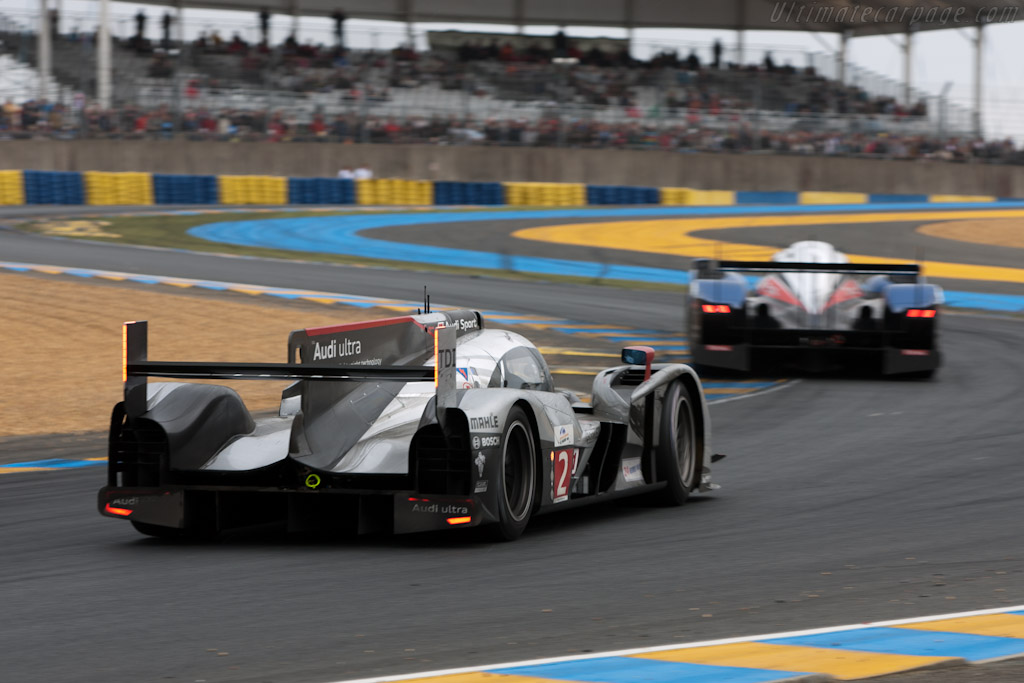 Still nose to tail - Chassis: 106  - 2011 24 Hours of Le Mans