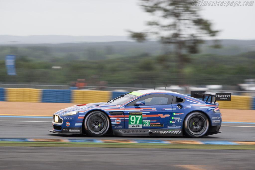 Permalink to Aston Martin Vantage Race Car