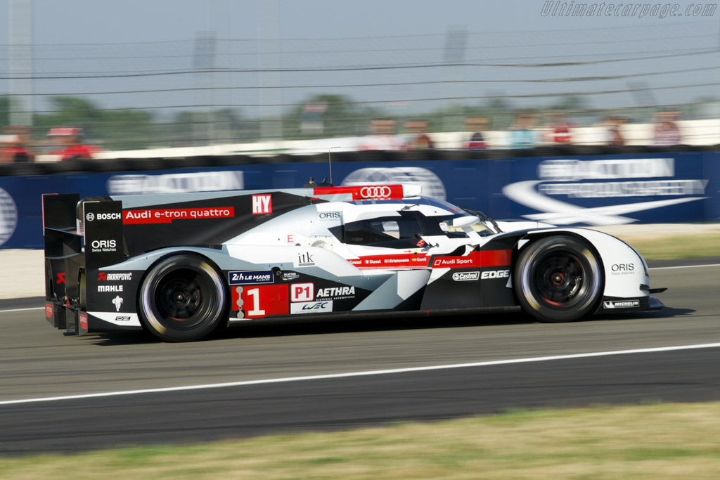 Audi R18 E Tron Quattro 2014 24 Hours Of Le Mans
