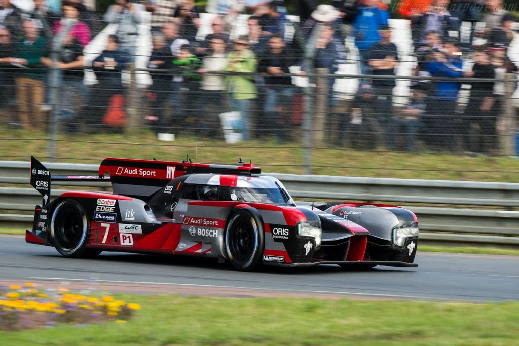 Audi R18 e-tron quattro  - Entrant: Audi Sport Team Joest - Driver: Macel Fassler / Andre Lotterer / Benoit Treluyer  - 2016 24 Hours of Le Mans