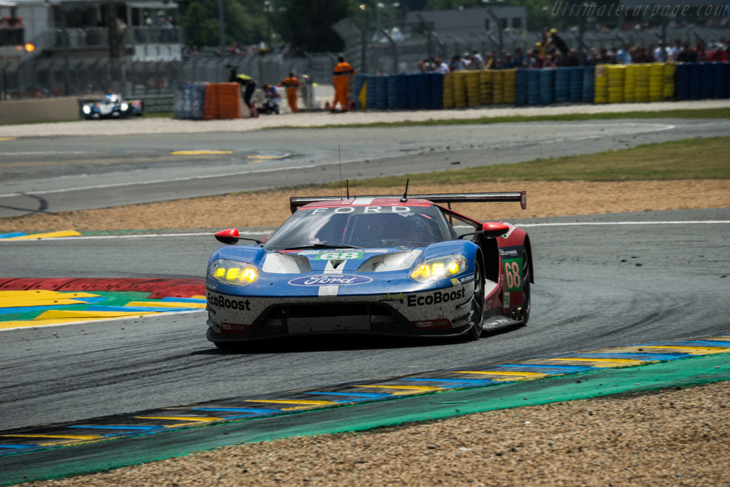 Ford GT  - Entrant: Ford Chip Ganassi Team USA - Driver: Joey Hand / Dirk Muller / Sebastien Bourdais  - 2016 24 Hours of Le Mans