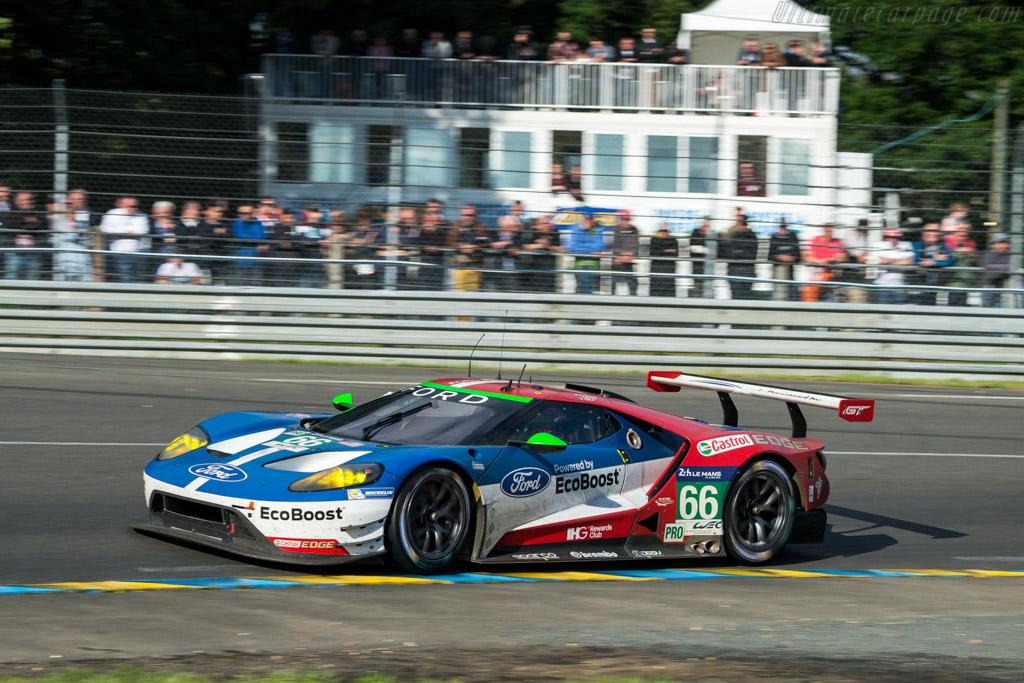 Ford GT  - Entrant: Ford Chip Ganassi Team UK - Driver: Oliver Pla / Stefan Mucke / Billy Johnson  - 2016 24 Hours of Le Mans