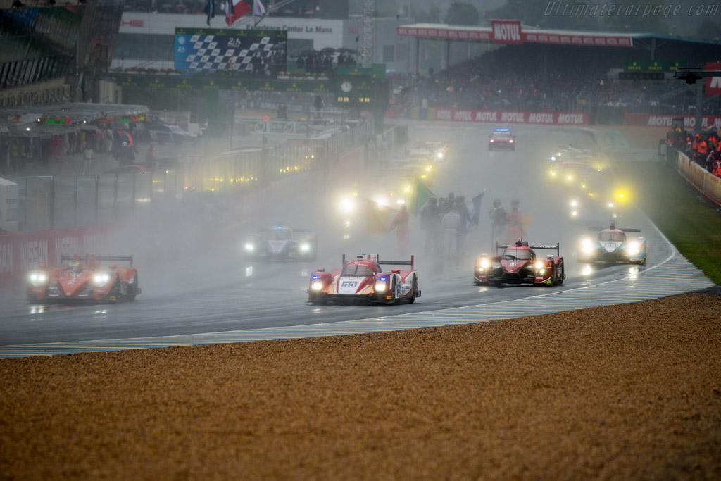 Oreca 05 Nissan  - Entrant: Eurasia Motorsport - Driver: Pu Junjin / Tristan Gommendy / Nico Pieter de Bruijn  - 2016 24 Hours of Le Mans