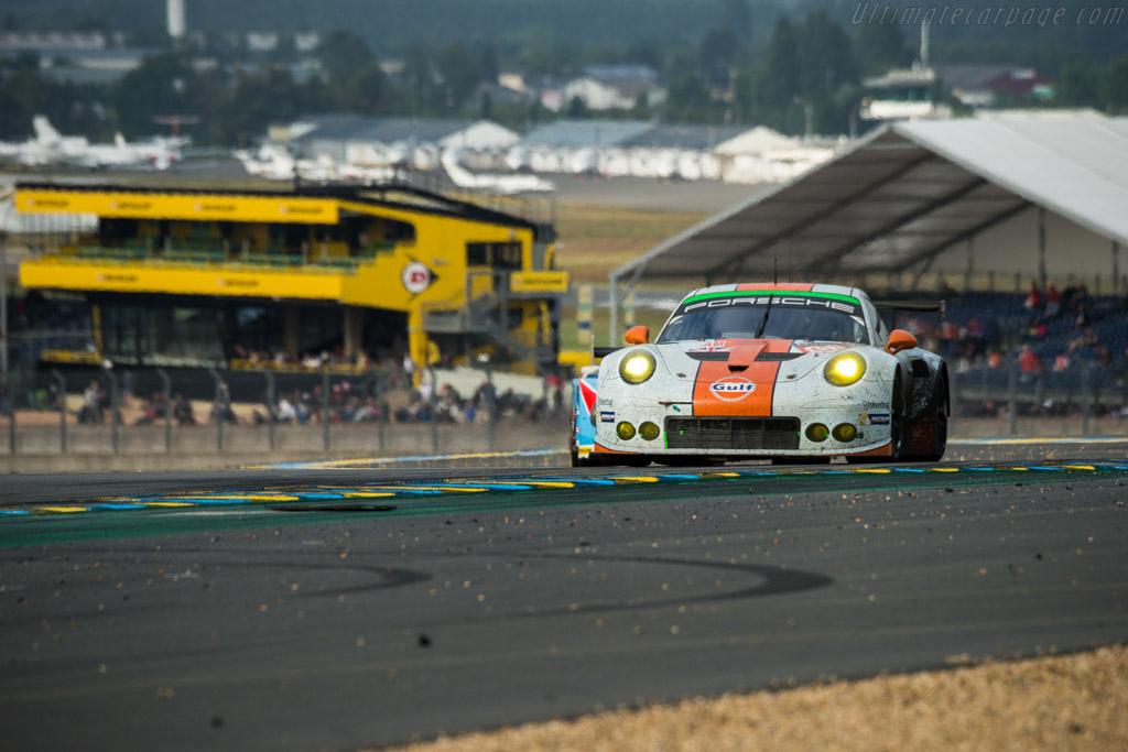 Porsche 911 RSR  - Entrant: Gulf Racing UK - Driver: Michael Wainright / Adam Carroll / Benjamin Barker  - 2016 24 Hours of Le Mans