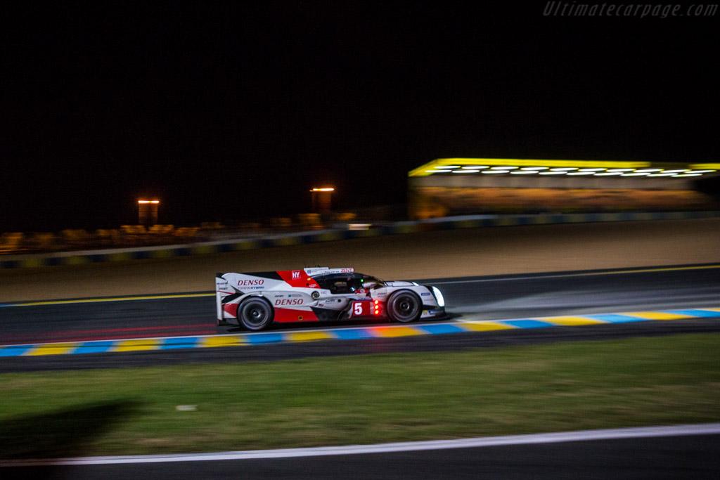 Toyota TS050 Hybrid - Chassis: 16-01 - Entrant: Toyota Gazoo Racing - Driver: Anthony Davidson / Sebastien Buemi / Kazuki Nakajima  - 2016 24 Hours of Le Mans