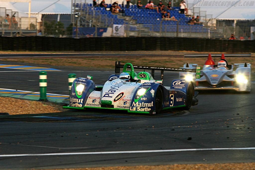 #16 Pescarolo about to go another lap down - Chassis: 4 - Entrant: Pescarolo Sport  - 2006 24 Hours of Le Mans
