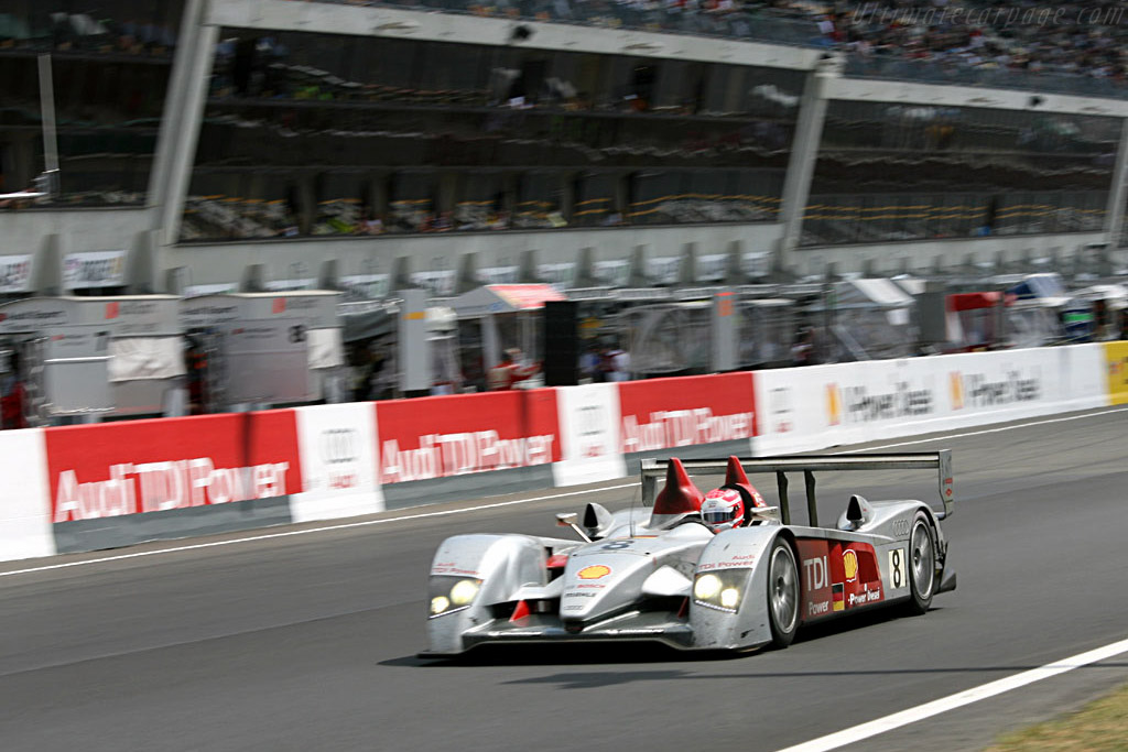 Audi TDI and Shell V-Power everywhere! - Chassis: 102 - Entrant: Audi Sport Team Joest  - 2006 24 Hours of Le Mans