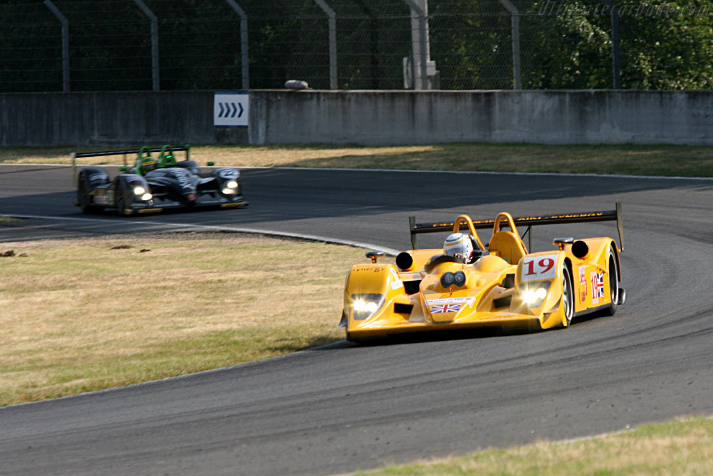 Dunlop duo - Chassis: B0610-HU07 - Entrant: Chamberlain Synergy Motorsport  - 2006 24 Hours of Le Mans