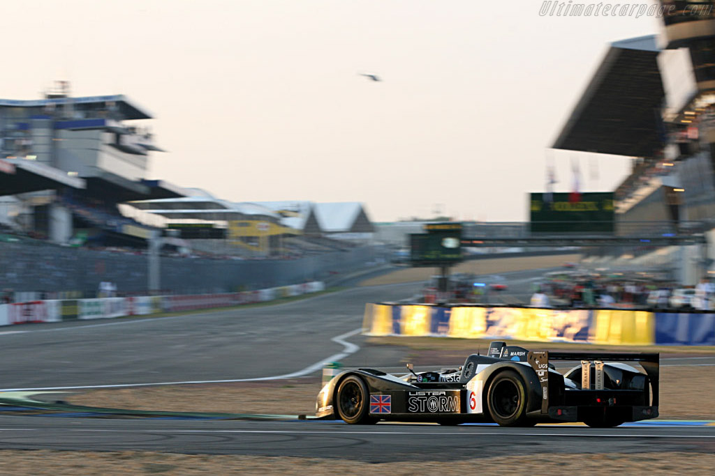 Dusk falls on the Lister - Chassis: 001 - Entrant: Lister Storm Racing  - 2006 24 Hours of Le Mans