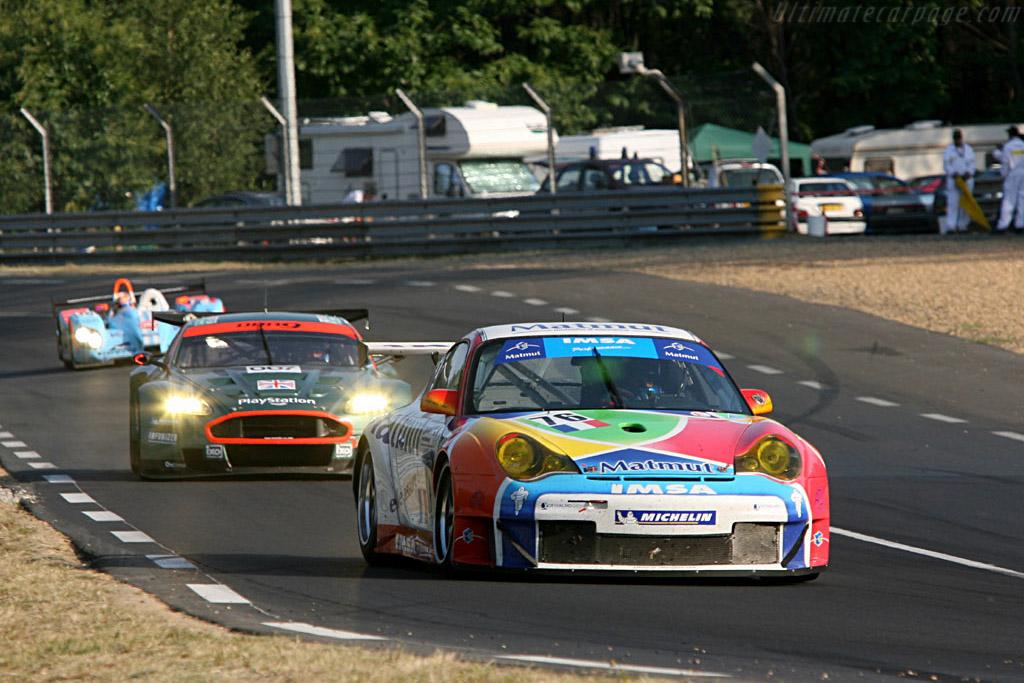 IMSA Performance's new Porsche - Chassis: WP0ZZZ99Z4S693066 - Entrant: IMSA Performance Matmut  - 2006 24 Hours of Le Mans