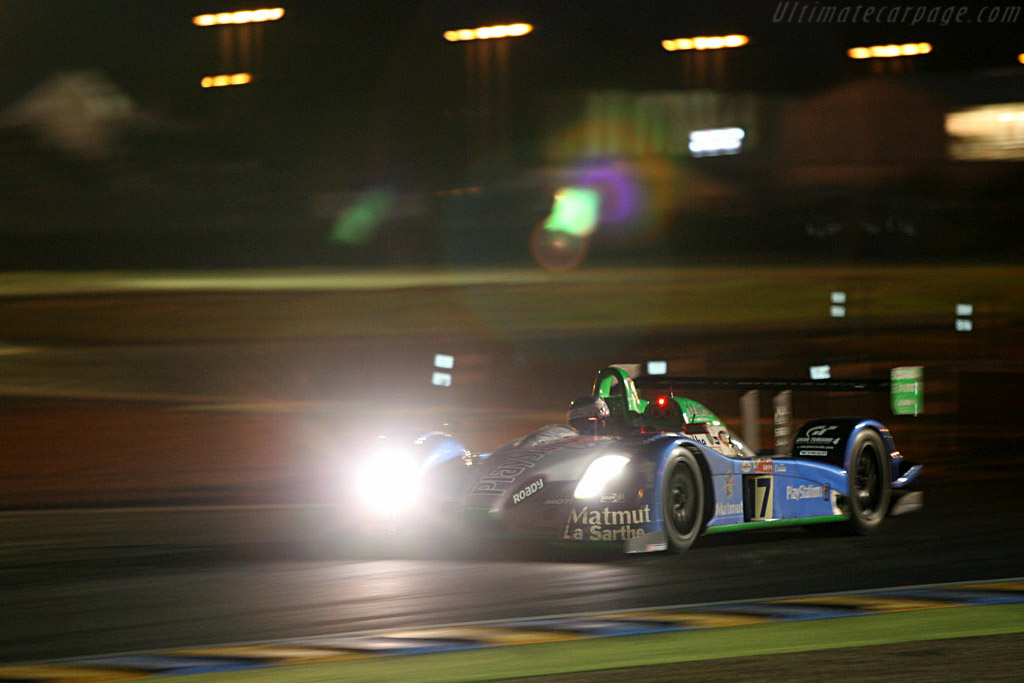 Into the night - Chassis: 3 - Entrant: Pescarolo Sport  - 2006 24 Hours of Le Mans