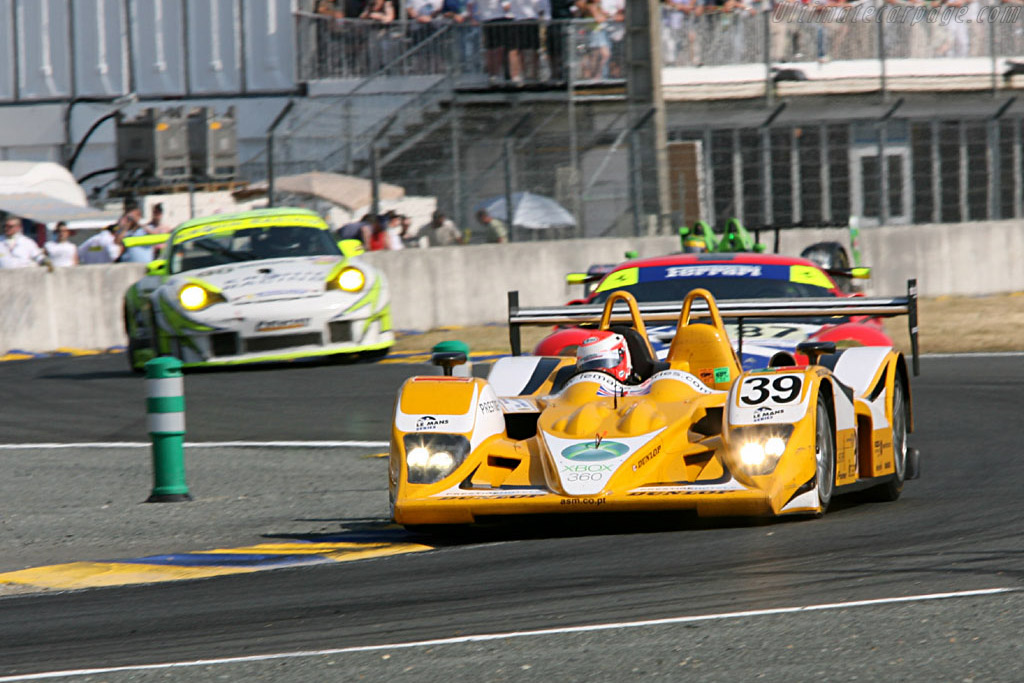 LMP2 leaders - Chassis: B0540-HU01 - Entrant: Chamberlain Synergy  - 2006 24 Hours of Le Mans