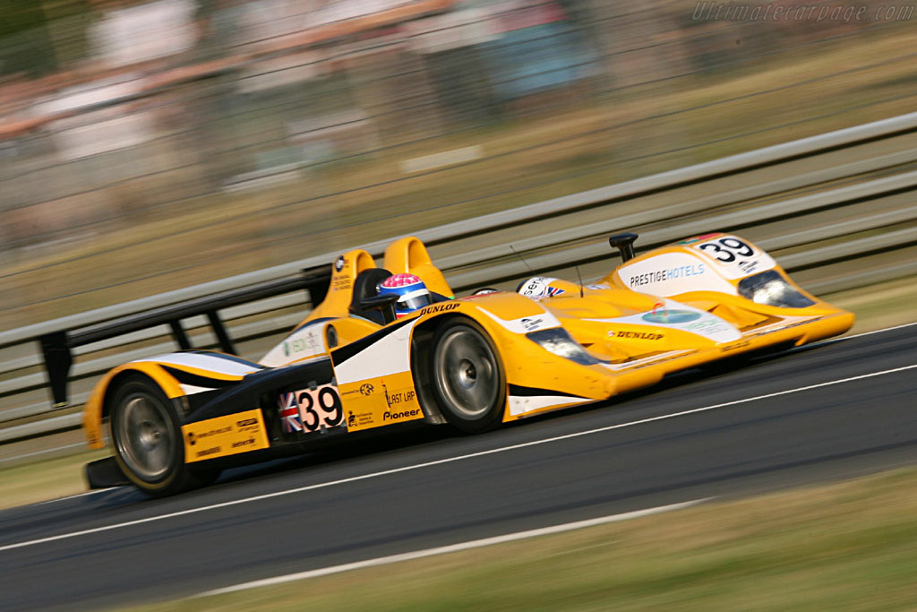 Lola B05/40 AER - Chassis: B0540-HU01 - Entrant: Chamberlain Synergy  - 2006 24 Hours of Le Mans
