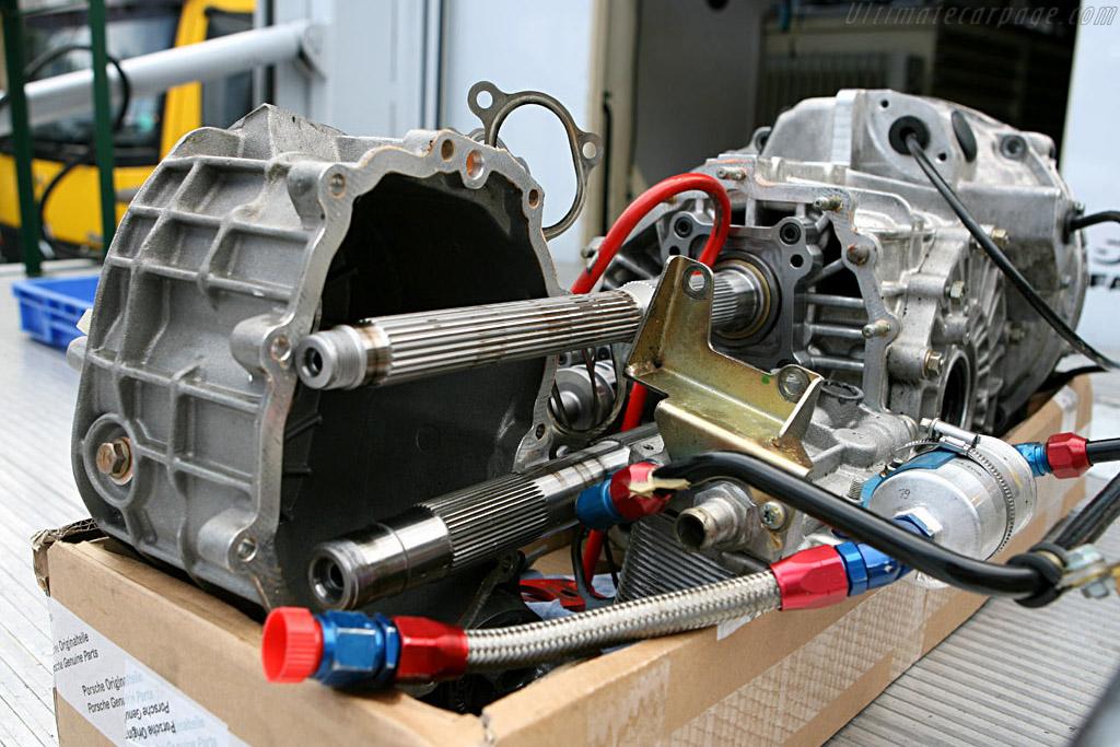 Porsche Orginalteile    - 2006 24 Hours of Le Mans
