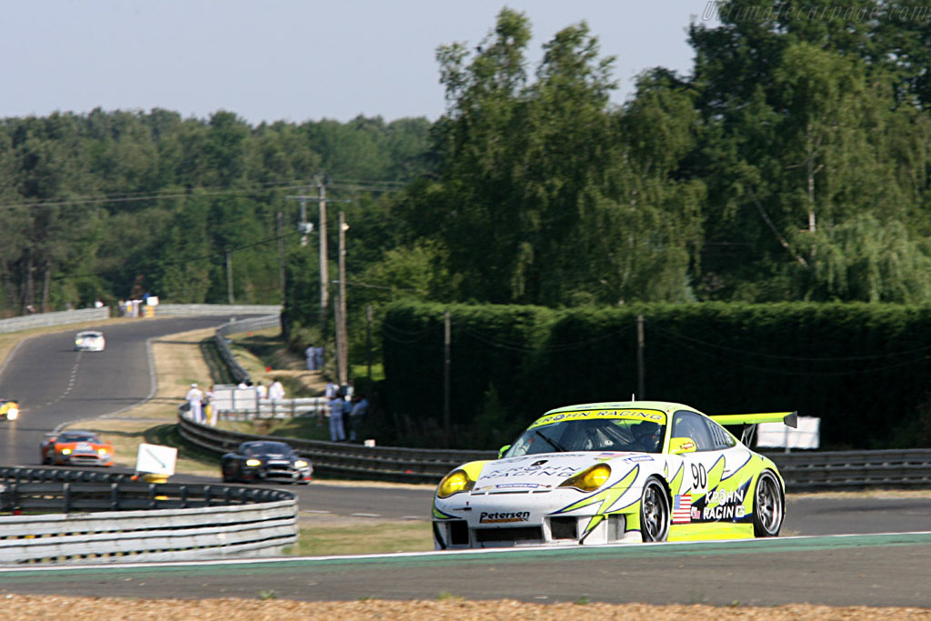 Porsche in Porsche - Chassis: WP0ZZZ99Z4S693066b - Entrant: White Lightning Racing  - 2006 24 Hours of Le Mans
