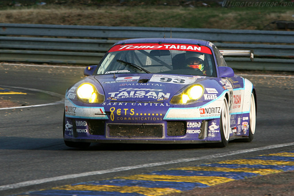 Purple haze - Chassis: WP0ZZZ99Z2S692068 - Entrant: Team Taisan Advan  - 2006 24 Hours of Le Mans