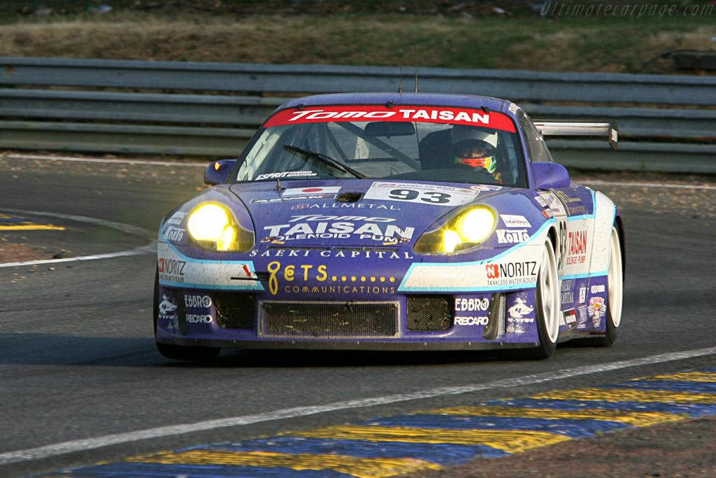Purple haze - Chassis: WP0ZZZ99Z2S692068 - Entrant: Team Taisan Advan  - 2006 24 Hours of Le Mans