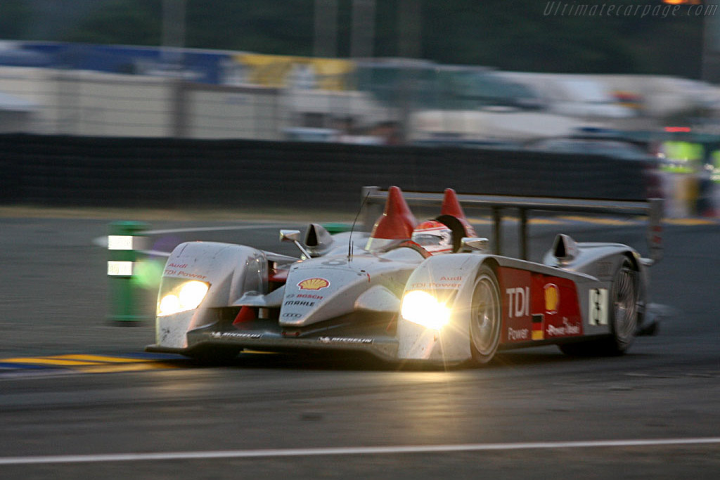 Quietly efficient - Chassis: 102 - Entrant: Audi Sport Team Joest  - 2006 24 Hours of Le Mans