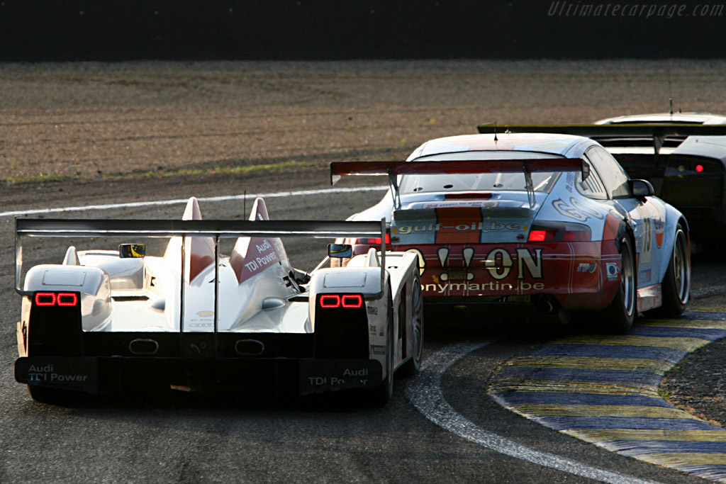 Reel 'm in - Chassis: 102 - Entrant: Audi Sport Team Joest  - 2006 24 Hours of Le Mans