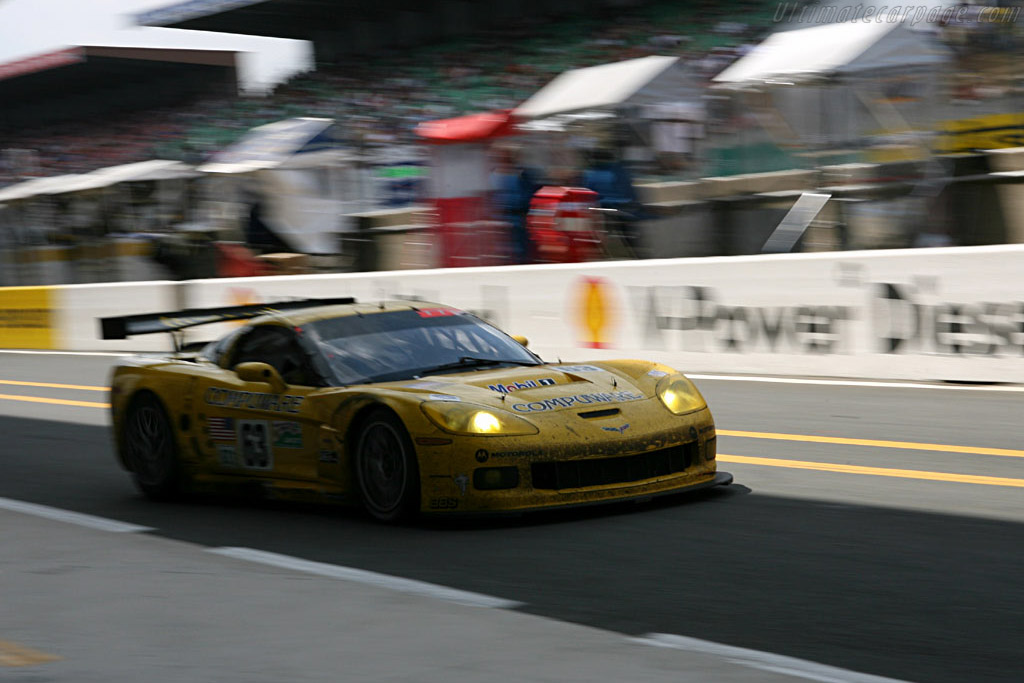 Trouble Corvette out once more - Chassis: 003 - Entrant: Corvette Racing  - 2006 24 Hours of Le Mans
