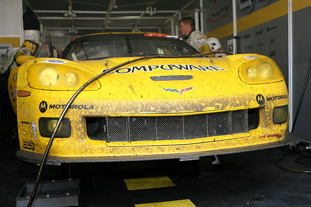 Up in the air - Chassis: 003 - Entrant: Corvette Racing  - 2006 24 Hours of Le Mans