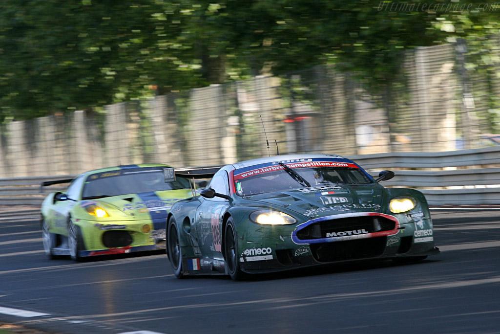 Aston leading Ferrari - Chassis: DBR9/1 - Entrant: AMR Larbre  - 2007 24 Hours of Le Mans
