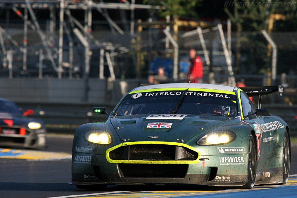 Astons through Tertre Rouge - Chassis: DBR9/10 - Entrant: Aston Martin Racing  - 2007 24 Hours of Le Mans