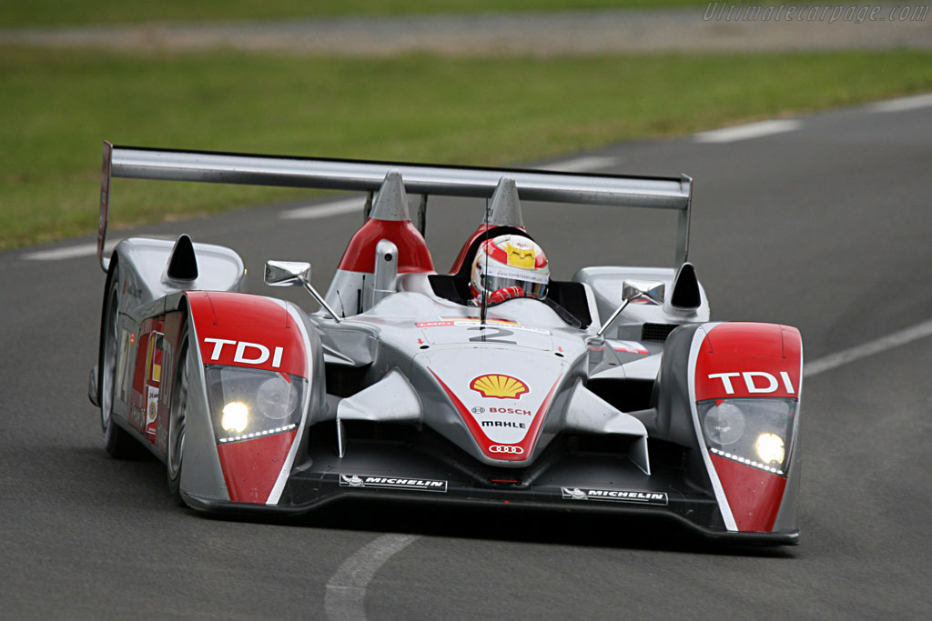 Capello still with four wheels through Indianapolis - Chassis: 204 - Entrant: Audi Sport North America  - 2007 24 Hours of Le Mans