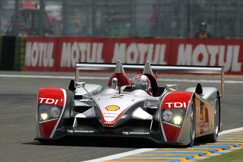 Capello well ahead after just one lap - Chassis: 204 - Entrant: Audi Sport North America  - 2007 24 Hours of Le Mans