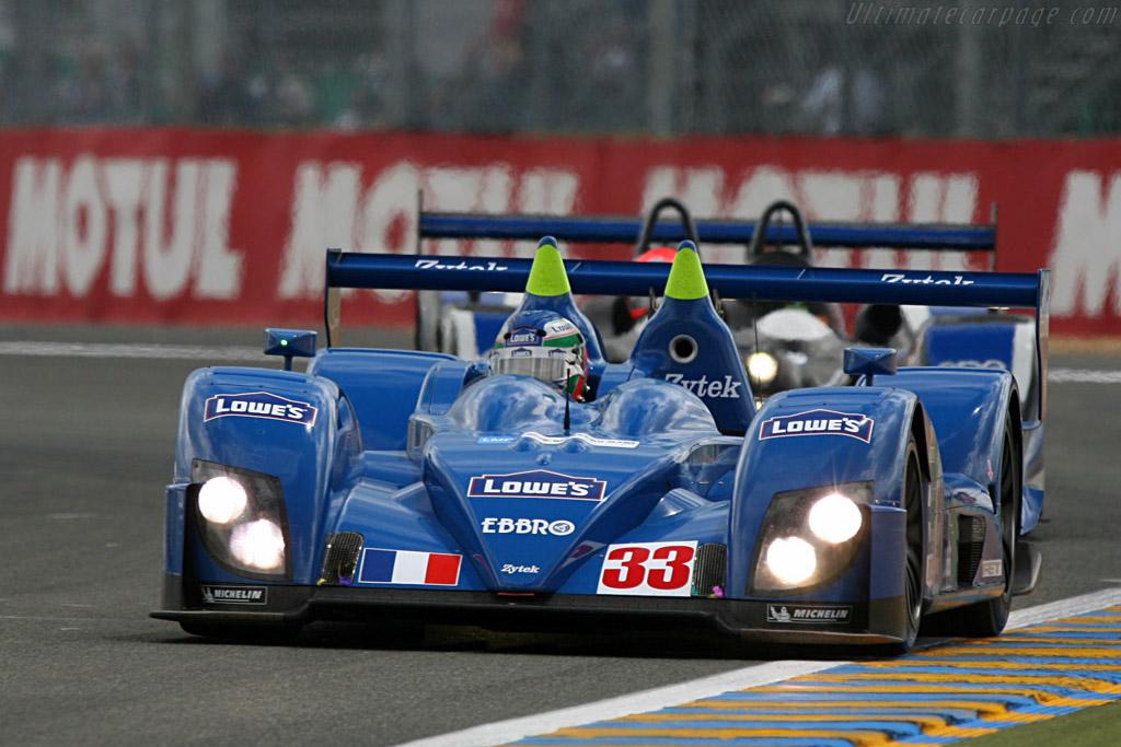 Fernandez leads Hughes - Chassis: 07S-03 - Entrant: Barazi Epsilon  - 2007 24 Hours of Le Mans