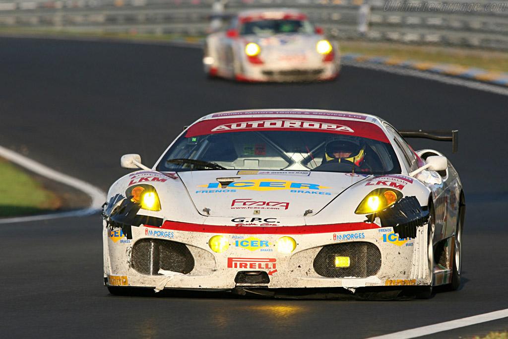 Ferrari vs Porsche - Chassis: 2410 - Entrant: GPC Sport  - 2007 24 Hours of Le Mans