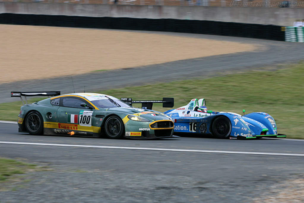Flames! - Chassis: DBR9/9 - Entrant: AMR BMS  - 2007 24 Hours of Le Mans