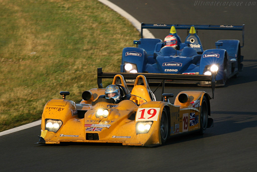 Into the Esses - Chassis: B0610-HU07 - Entrant: Chamberlain Synergy  - 2007 24 Hours of Le Mans