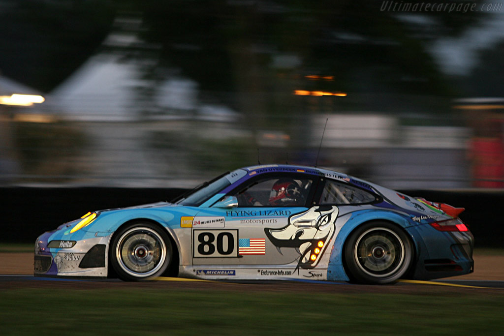 Into the night - Chassis: WP0ZZZ99Z7S799913 - Entrant: Flying Lizard Motorsport  - 2007 24 Hours of Le Mans