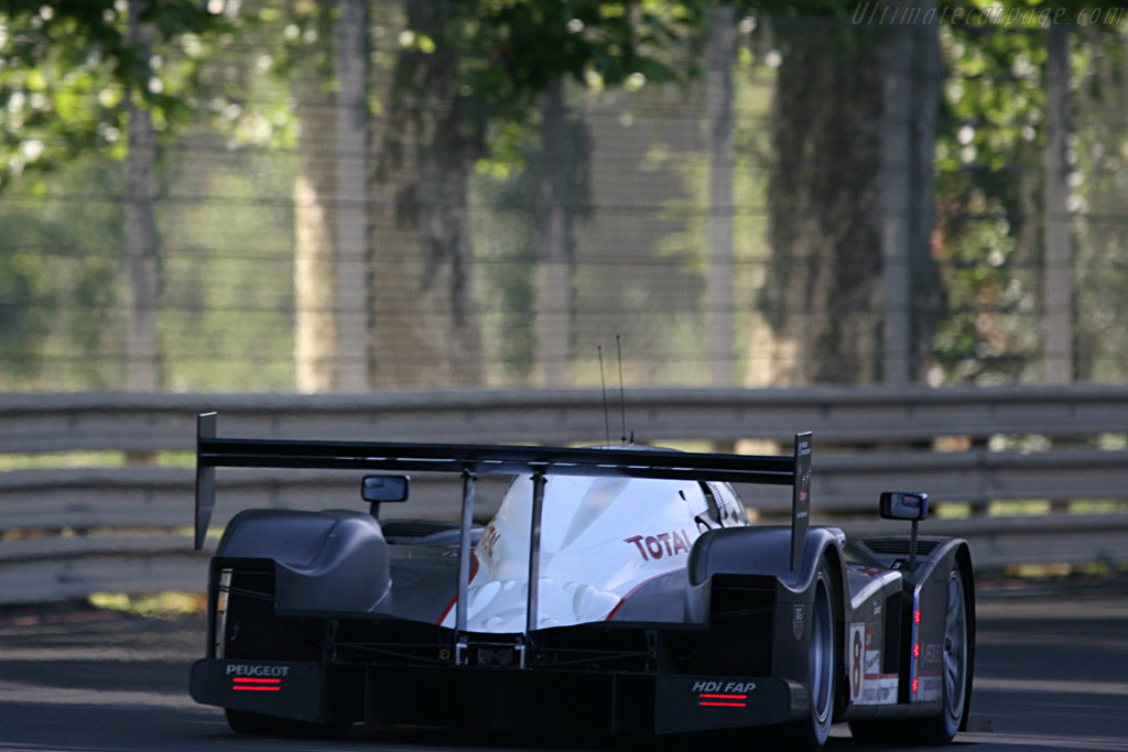 Peugeot into the forest - Chassis: 908-03 - Entrant: Team Peugeot Total  - 2007 24 Hours of Le Mans